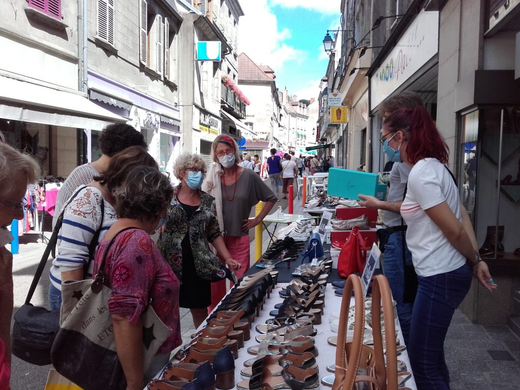 Stand Chaussures - Braderie Aubusson - Au Chat Noir